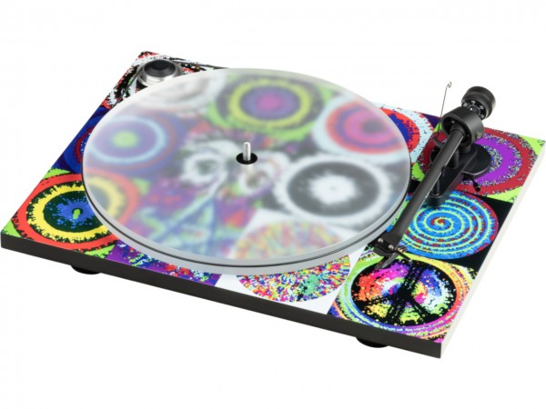 Pro-Ject Peace & Love Turntable